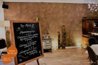 Mikrozement fugenlose Volimea Wandbeschichtung in einem Gastraum - Kakao 35-VO-21
